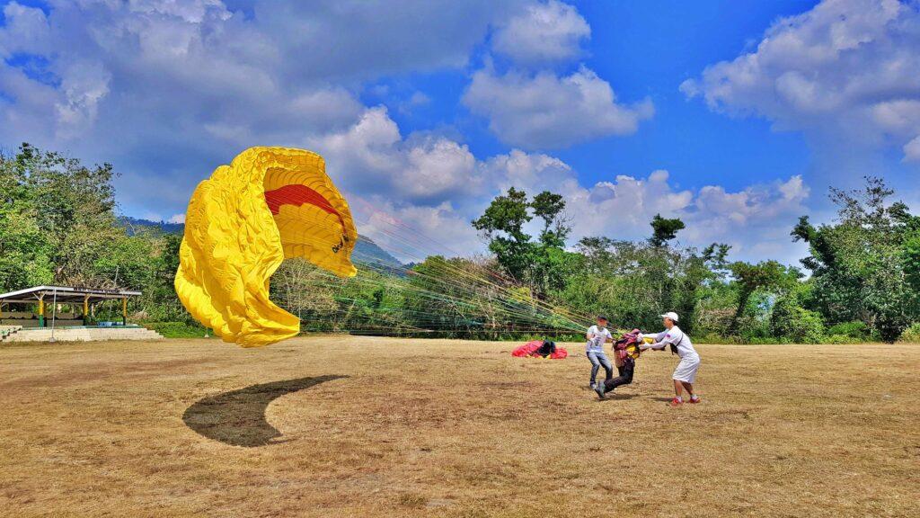 Paragliding pilot training philippines